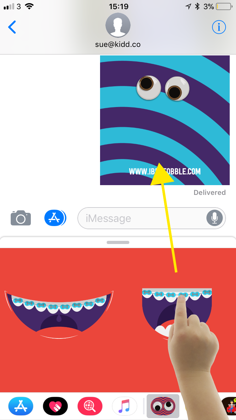 How to use iMessage Stickers correctly - Step 6